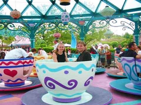 аттракцион чашки для семьёй и детей