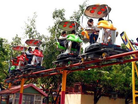 Китайский аттракцион воздушный велосипед