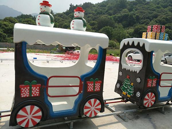 Детский паровозик из Китая
