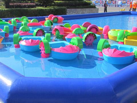 катамараны в надувной бассейн