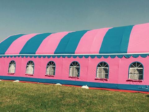 Торговые надувные палатки для свадьбы